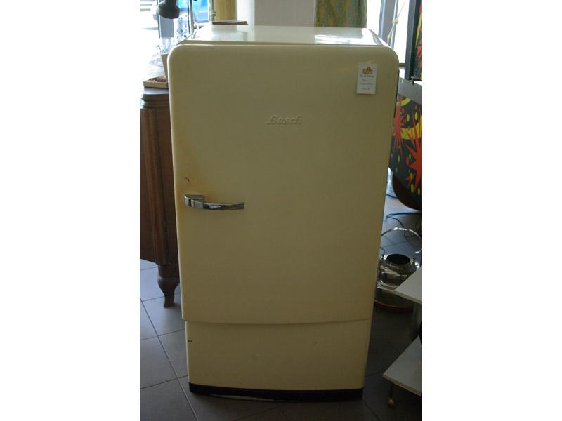 Schöner Alter Kühlschrank Von Bosch